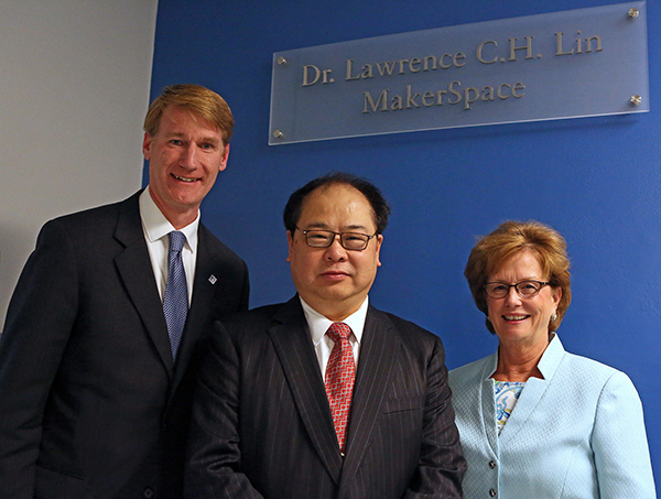 College of Engineering Dean Joseph Hartman and UMass Lowell Chancellor Jacquie Moloney were among the university leaders on hand to dedicate the Lawrence Lin MakerSpace to alumnus Lawrence Lin, center, on Wednesday, April 19.