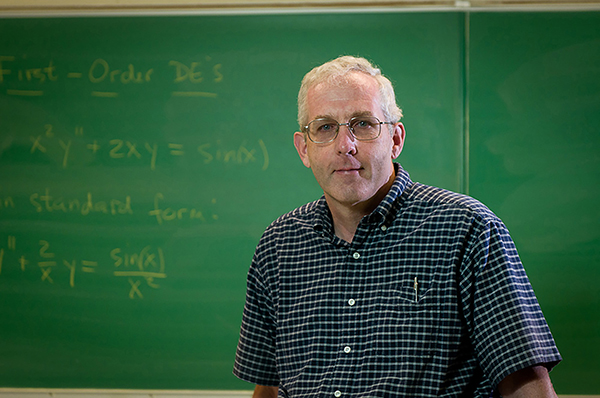 UMass Lowell math Prof. Stephen Pennell is one of only five faculty in the UMass system to receive a 2016 Manning Prize for Excellence in Teaching.