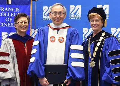 Steven Chu receives honorary degree