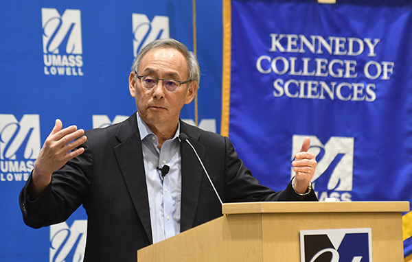 Steven Chu delivered the Tripathy Memorial Lecture on climate change and clean energy on Nov. 16 before more than 100 members of the university community.