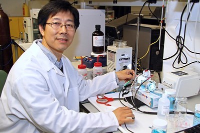Assoc. Prof. Fuqiang Liu conducts research at the Electrochemical Energy Laboratory