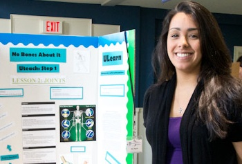 Biological sciences and UTeach student Alicia Negrón is integrating the use of Android tablets into lesson plans for middle-school children.