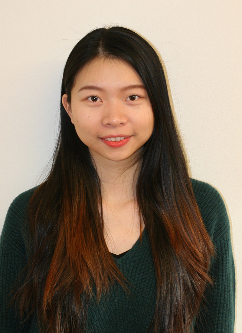 UML Finance student Anna Jiang profile headshot photo