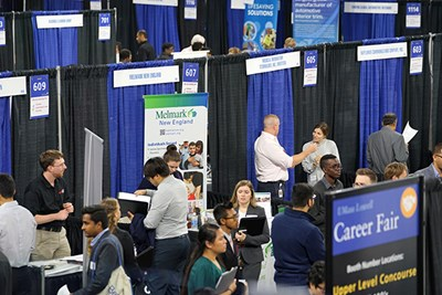 Students and alumni network at the Fall Career Fair