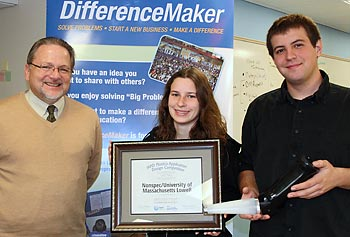 Assoc. Vice Chancellor Steven Tello, left, with engineering student-entrepreneurs Erin Keaney and Jonathan de Alderete at DifferenceMaker Central on North Campus.