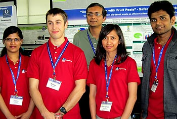 From left, Joshna Chittigori, Michael Magaletta, Assoc. Prof. Ramaswamy Nagarajan, Zarif Farhana Mohd Aris and Vishal Bavishi pose with their research poster during Phase II of the EPA's P3 competition in April in Washington, D.C.