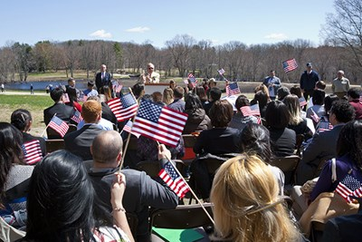 Immigrants being sworn in as U.S. citizens at Minute Man National Historical Park in 2007