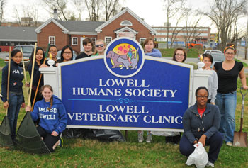 Reach Out River Hawks, a community service group on campus, contributed volunteer hours to UMass Lowell's nationally recognized service record.
