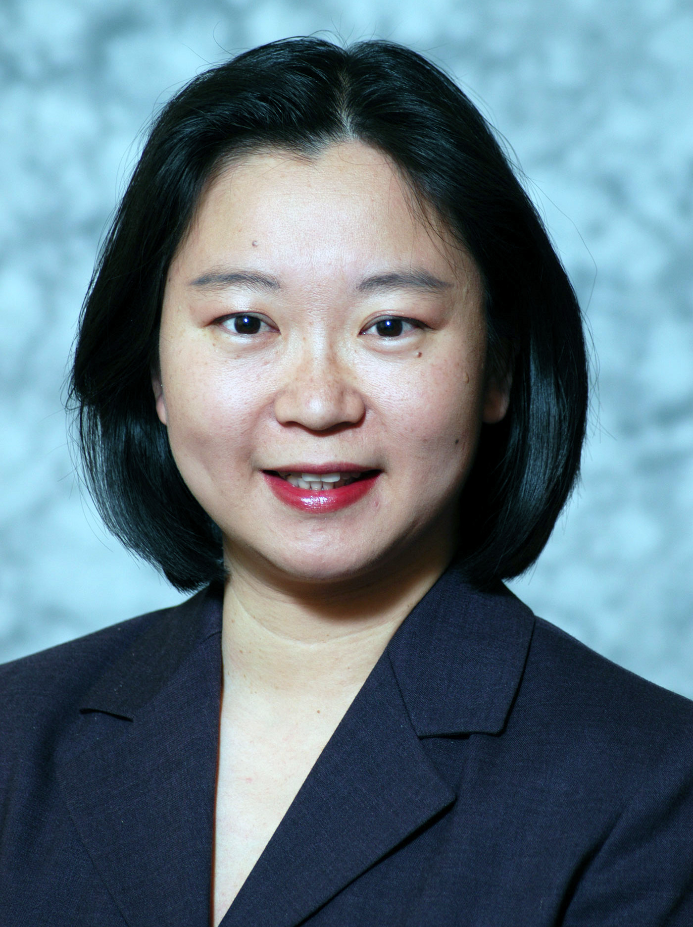 Ying Huang faculty bio headshot