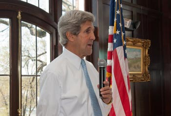 Sen. John Kerry, chair of the U.S. Senate Foreign Relations Committee, spoke to students in a class taught by Chancellor Marty Meehan.