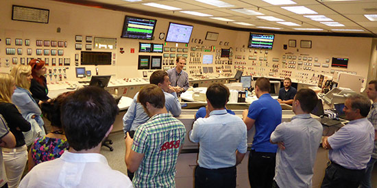 Nuclear-Engineering-Reactor-tour-control-room-550-opt.jpg