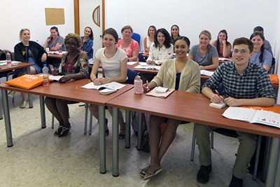 Nursing students in class at the University of Cadiz
