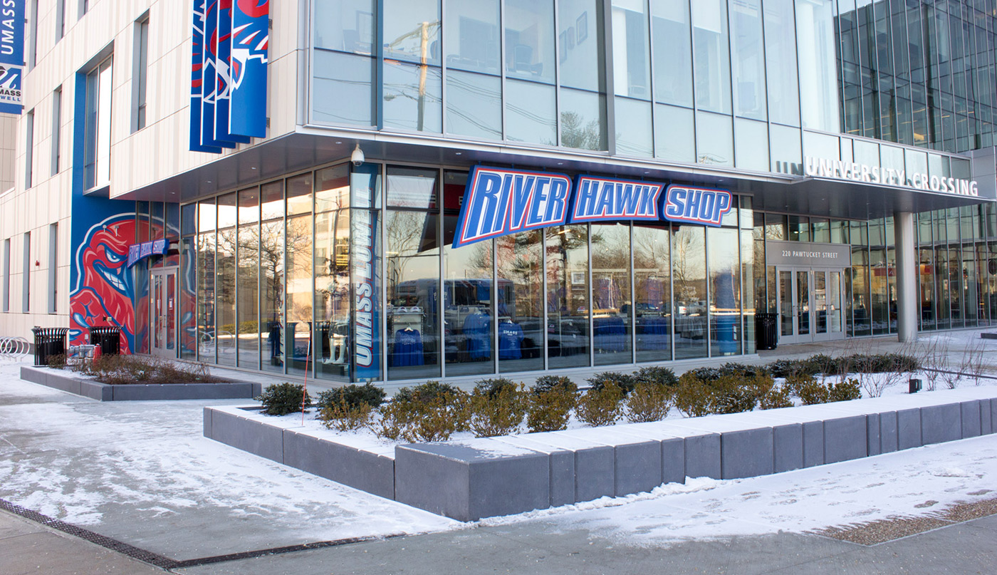 RiverHawkShop-exterior-winter