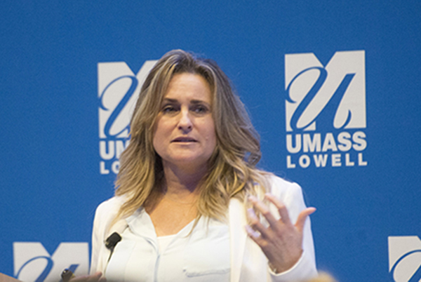 Roseann Sdoia '91 returns to UMass Lowell on Nov. 8 for a free event for the public and campus.