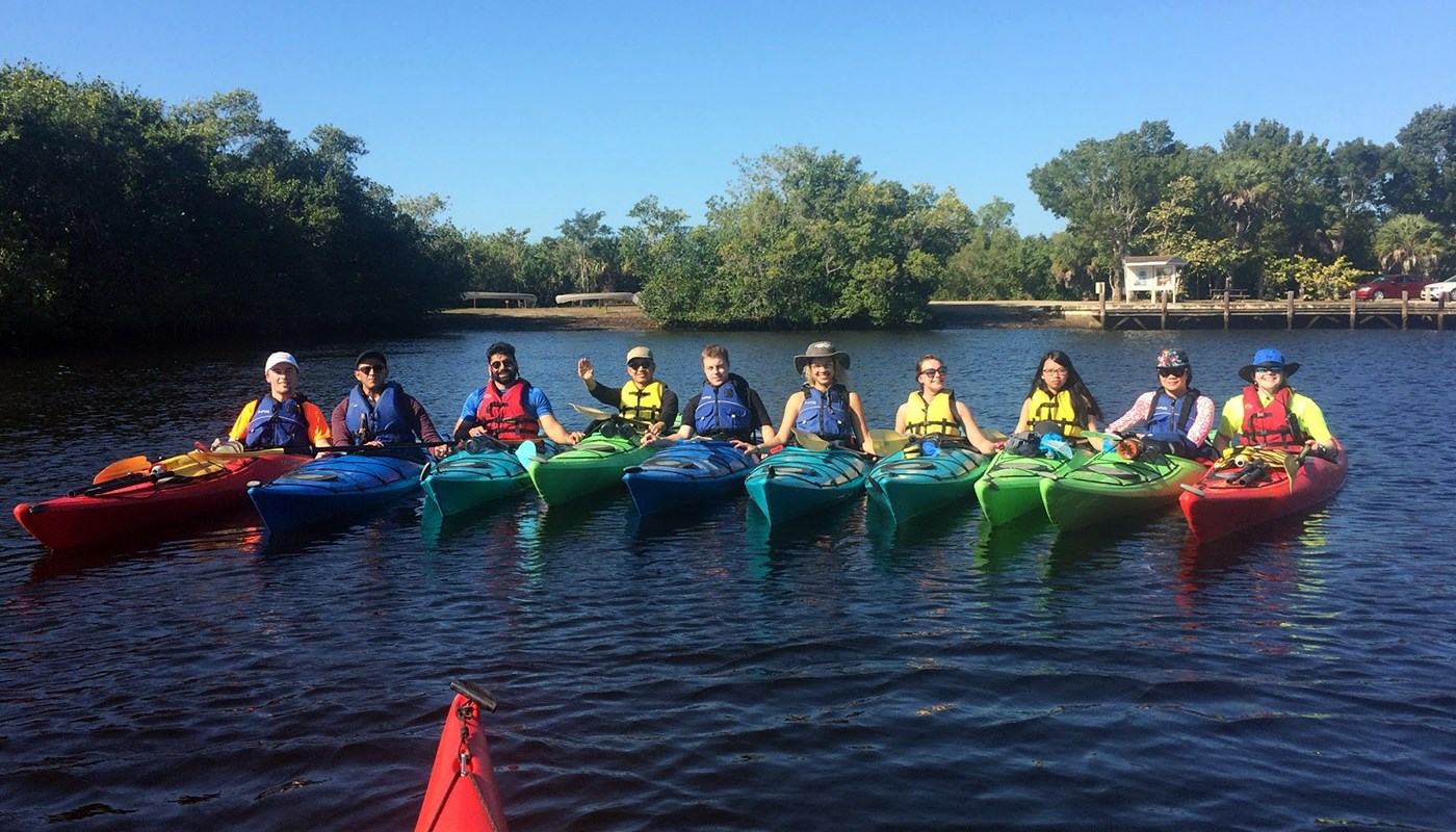 students kayaking in florida
