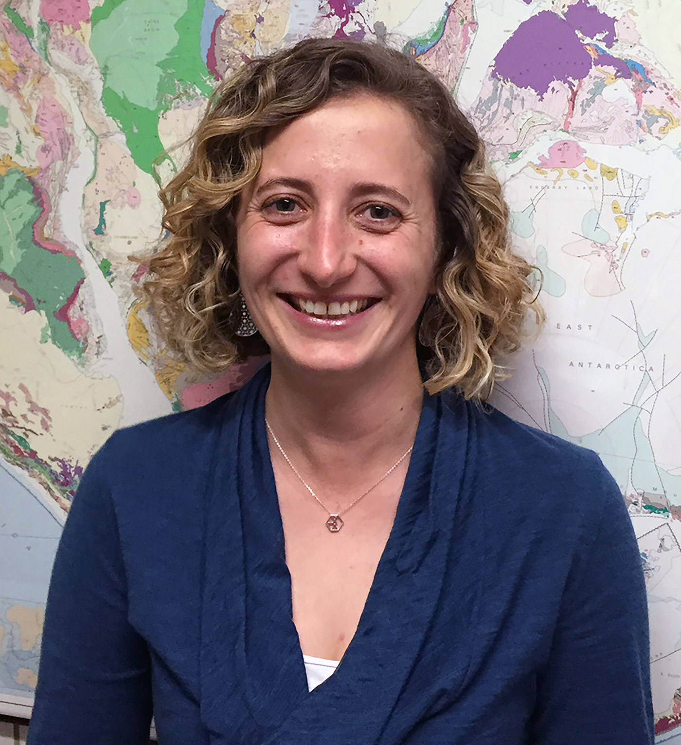 Kate Swanger  is an Associate Professor in the Environmental, Earth and Atmospheric Sciences Department at UMass Lowell.