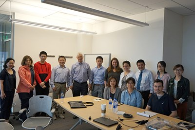 Research seminar attendees pose for group photo