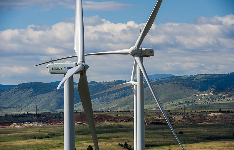 giant-wind-turbines