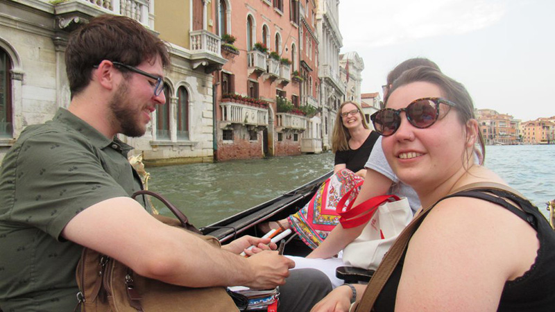 group-boat-venice-800-opt