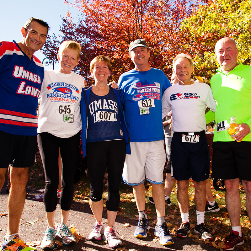 6 faculty and staff members in running gear