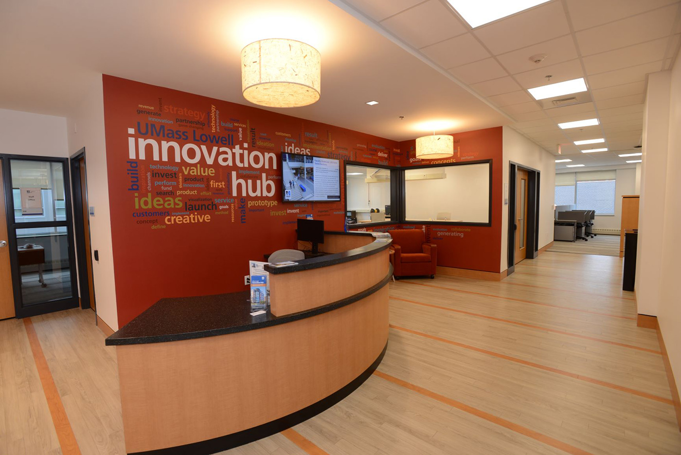Interior image of iHub Haverhill building. The UMass Lowell Innovation Hub offers premiere coworking space in both Lowell and Haverhill providing you the benefits of a research university at a price that startups can afford.