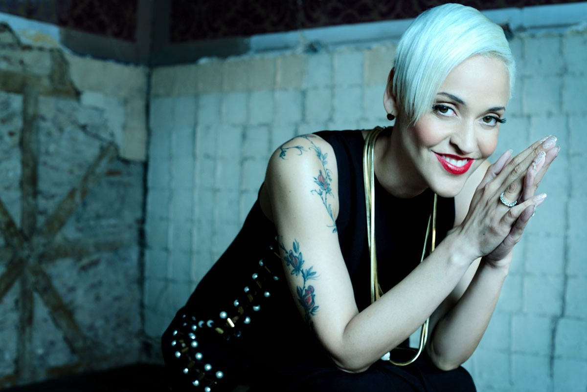 In less than twelve years, Mariza has risen from a well hidden local phenomenon, known only to a small circle of admirers in Lisbon, to one of the most widely acclaimed stars of the World Music circuit.