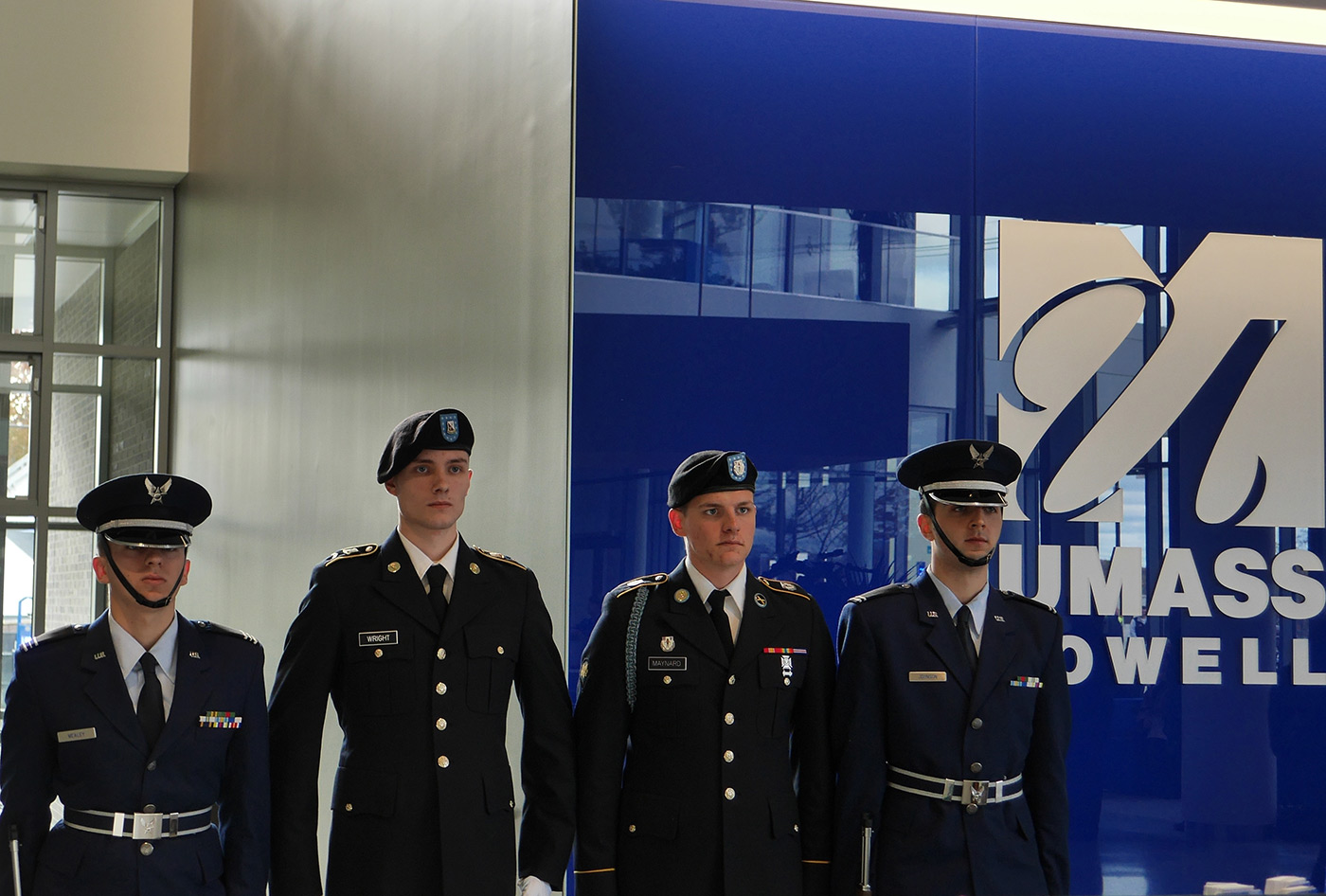 military-students-in-uniform-uml-backdrop