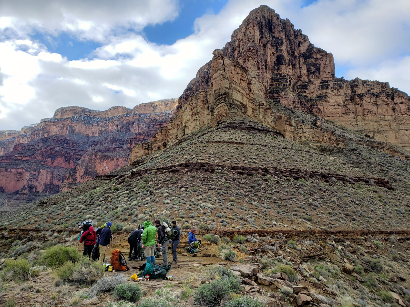 UML students hike at the Grand Canyon