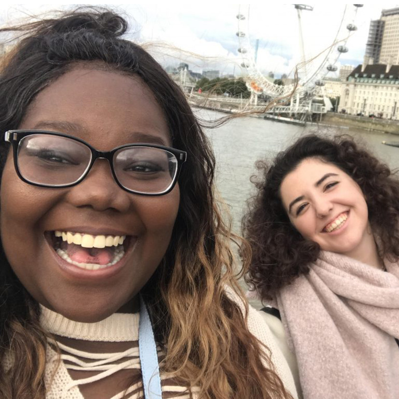 Follow this Fall 2017's Office of Study Abroad & International Experiences Global Correspondent, Emoni Baffour, on her studies in London, England!  Emoni is a UMass Lowell Business Management major studying this fall on a UMass Lowell partner-led study abroad program, CAPA Global Cities, London.