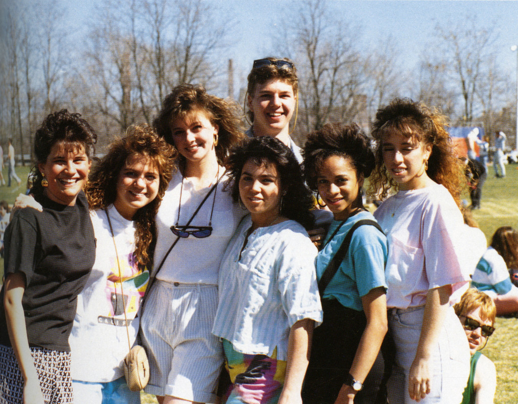 1989 female students and male student at spring carnival