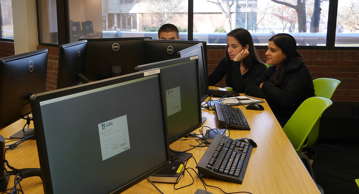 Students using vLabs on a computer at the O'Leary Library.