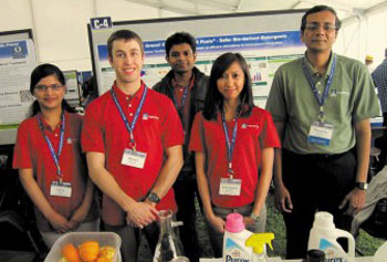 From Fruit Peels and Algae, UML Team Works to Create Less-Toxic Detergent