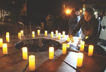 Sandy Hook vigil/Lowell Sun photo by Julia Malakie