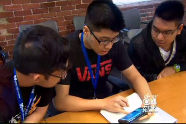 HS Students Learn Science, Business At UMass Lowell